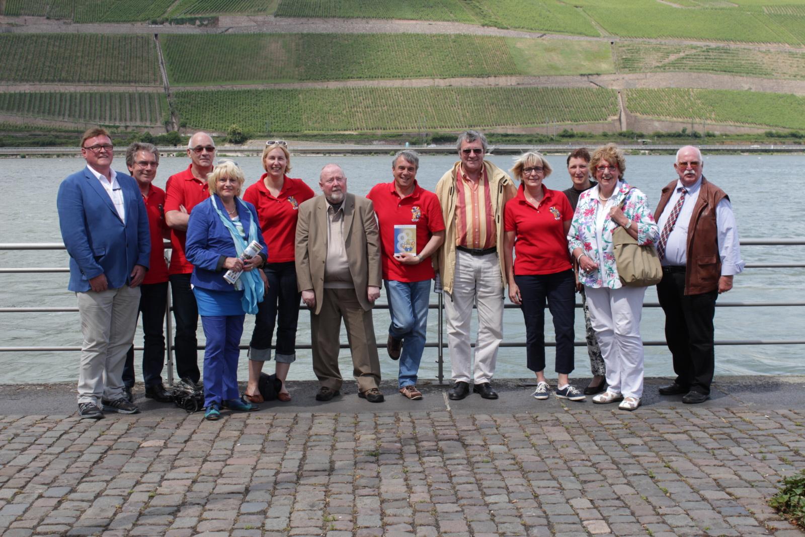 BKV und GGK treffen sich zu Füßen der Germania am linken (richtigen) Rheinufer